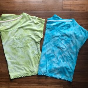 Two casual Aeropostale cropped tees